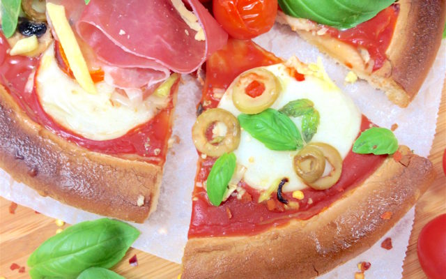 Pizza (Schär) met topping gluten en zuivelvrij!